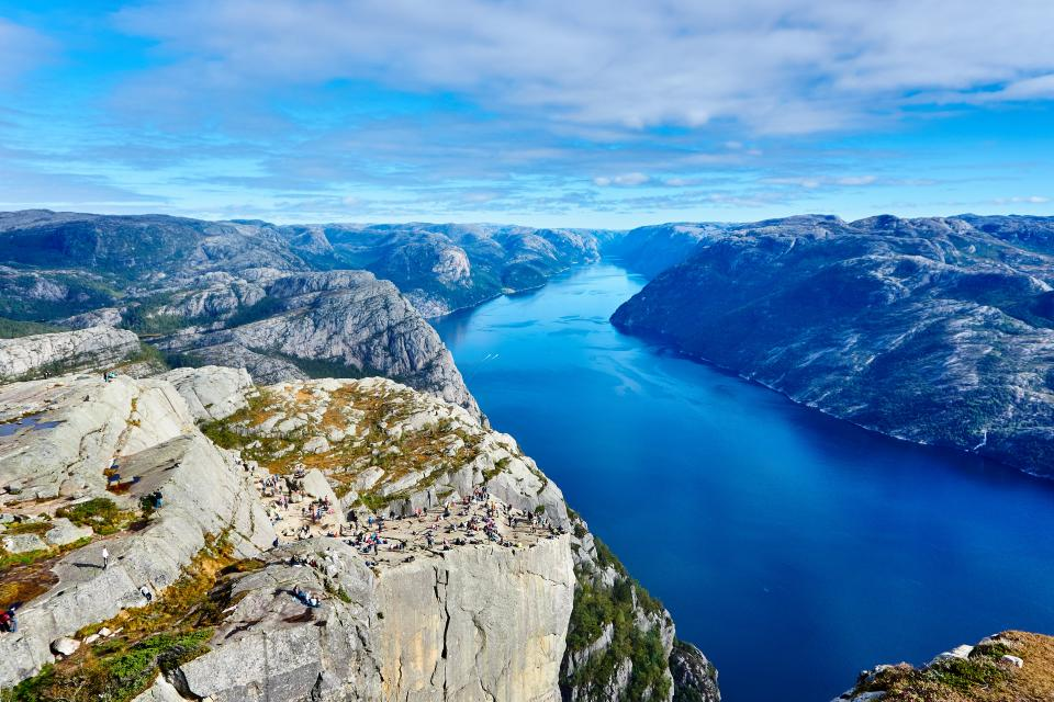 river, water, blue, sky, clouds, mountains, hills, valleys, nature, landscape, sunshine, summer, hiking, trekking, adventure