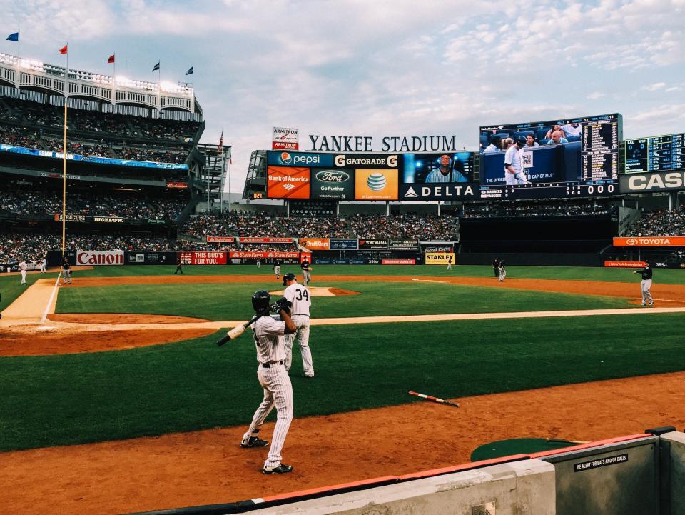 baseball, sports, field, athletes, fitness, stadium, people, crowd, spectators