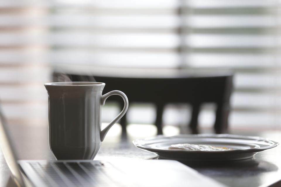 breakfast, morning, eggs, coffee, cup, mug, laptop, computer, technology, table, food
