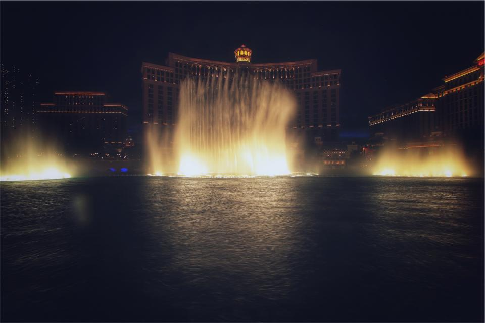 Bellagio, Las Vegas, hotel, casino, fountain, water, lights, night, evening, dark
