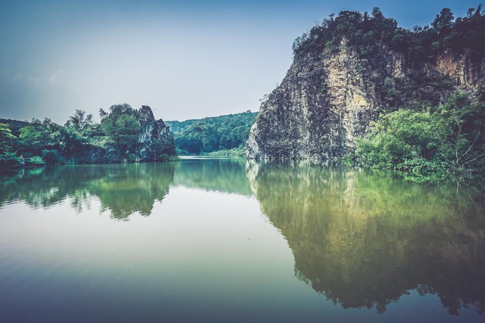 lake, water, reflection, mountains, cliffs, nature, outdoors, landscape, sunshine, summer, tropical, vacation, travel, sky