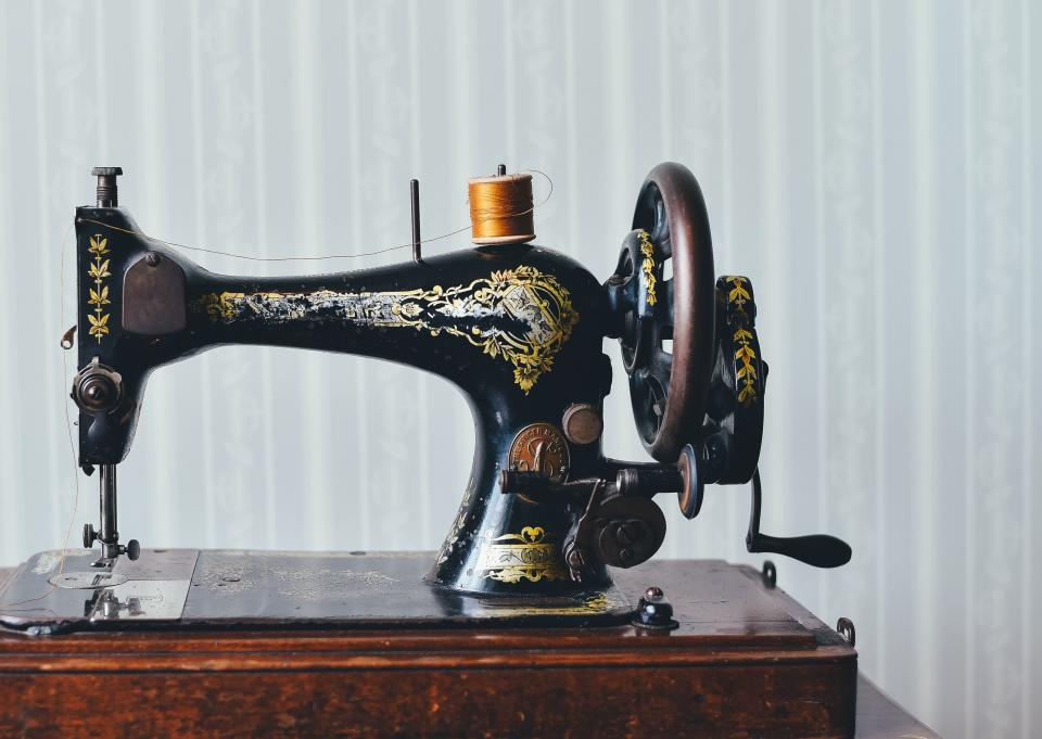 still, items, things, technology, sewing, machine, vintage, wooden, beautiful, spindle