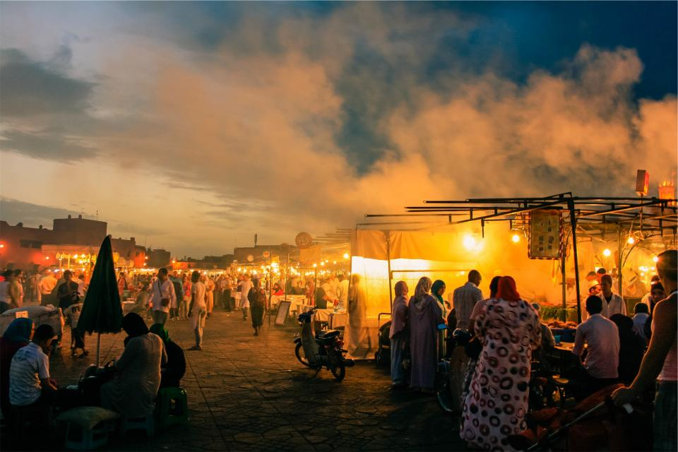 market, bazaar, people, crowd, night, evening, lights