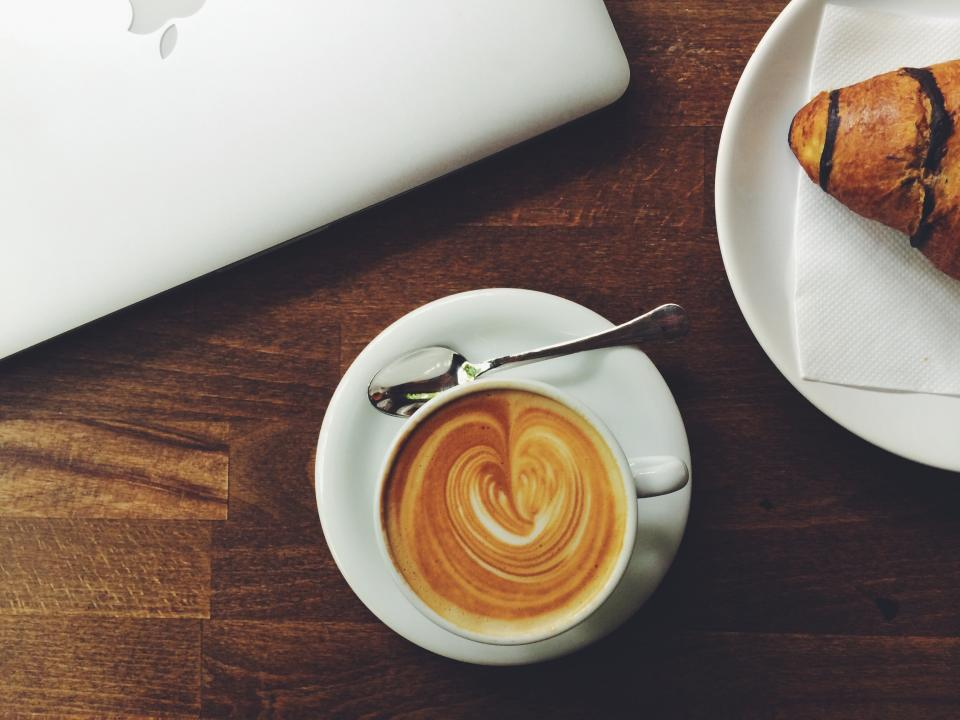 coffee, latte, espresso, cafe, croissant, breakfast, food, wood, table, macbook, laptop, technology, business