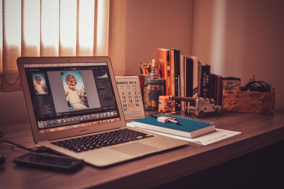 macbook, laptop, computer, technology, office, desk, creative, business, notebook, notepad, books