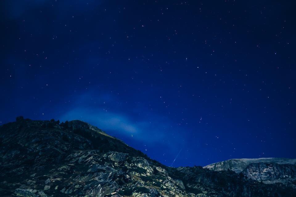 stars, galaxy, space, night, dark, evening, sky, astronomy, mountains, nature
