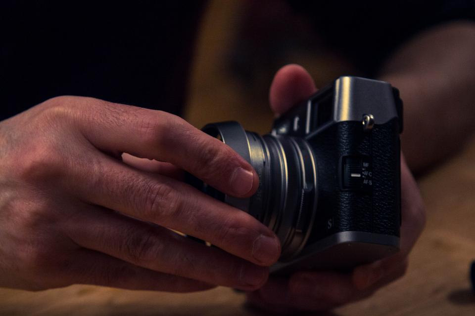 camera, dslr, lens, photography, photographer, hands, objects