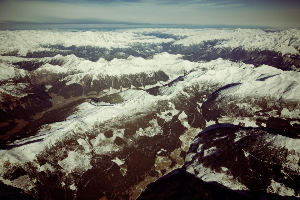 nature, landscape, mountains, snow, summit, peaks, sky, horizon, clouds, brown, white