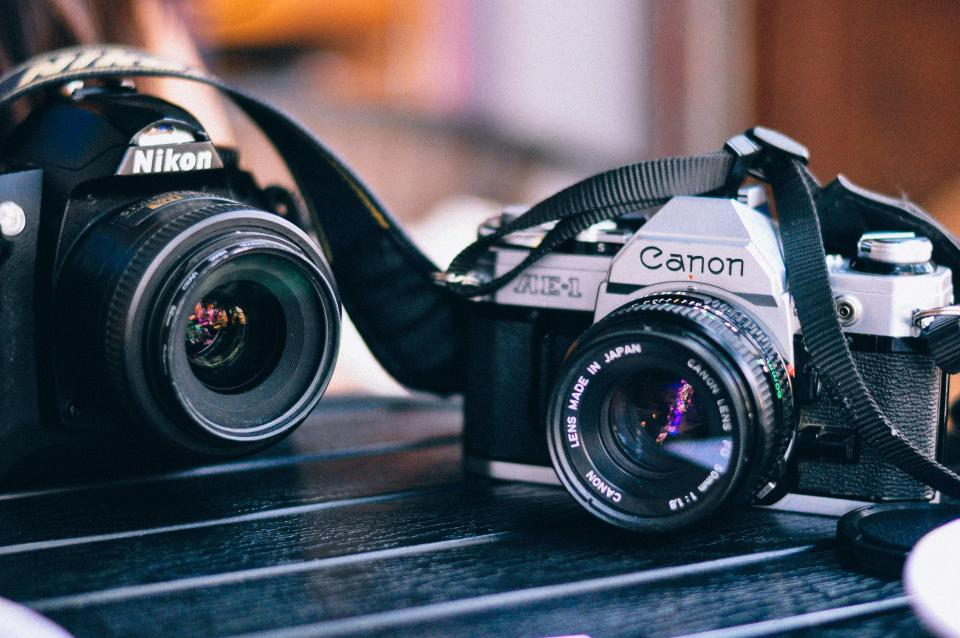 technology, photography, gadgets, camera, lens, nikon, canon, film, still, bokeh