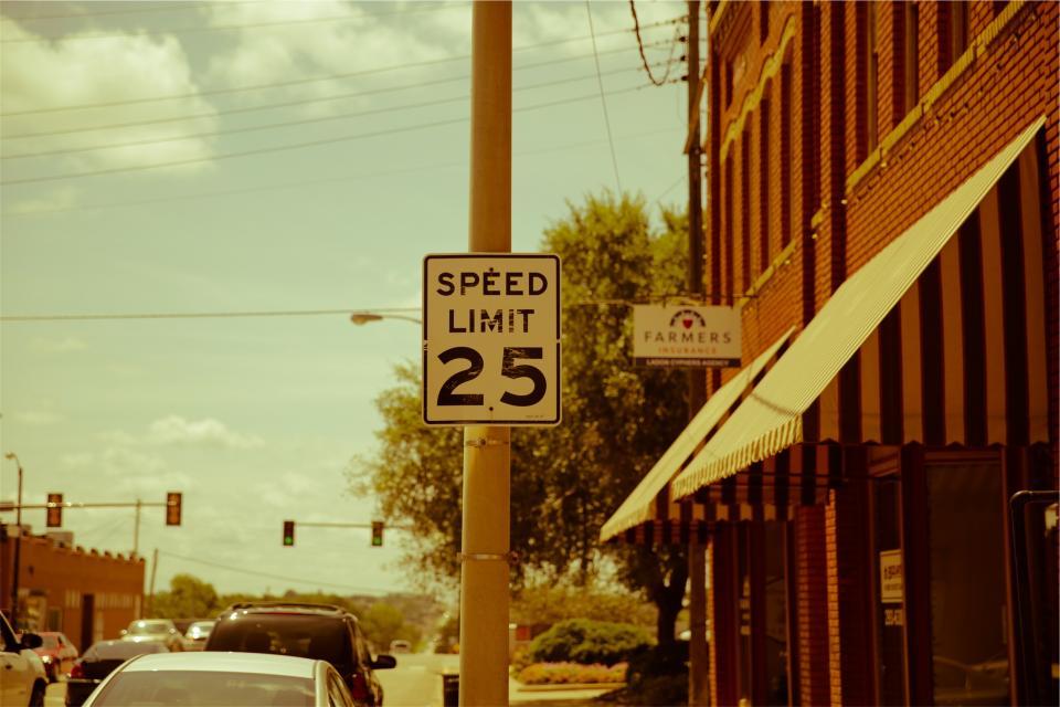 speed limit, street, traffic lights, city, urban, sunny, sunshine, cars, road, pole
