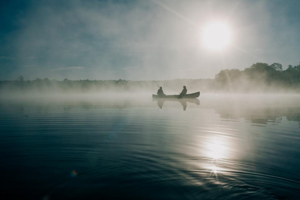 boat, lake, water, canoe, boating, people, fishing, fisherman, sunrise, dawn, fog, foggy, nature, outdoors