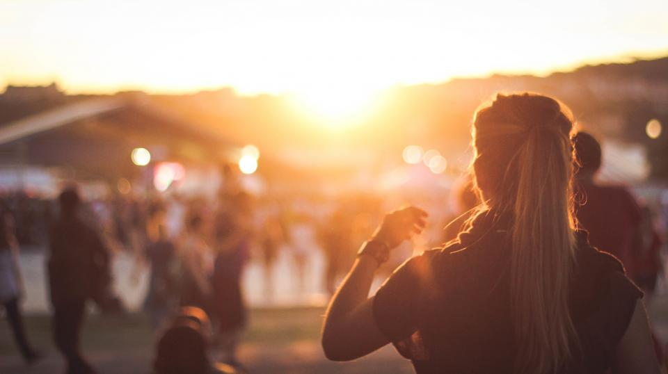 woman, girl, lady, people, back, fashion, style, people, sunrise, sunset, still, bokeh