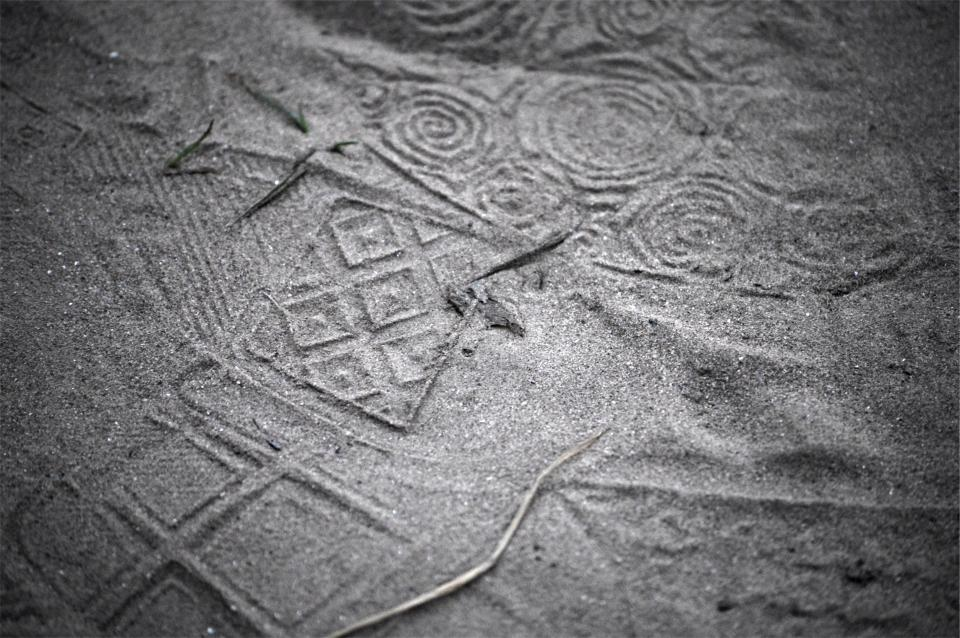 sand, footprints