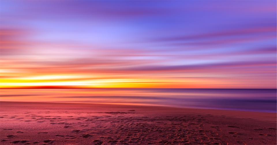 sunset, purple, sky, beach, sand, footprints, shore, water, ocean, sea, horizon