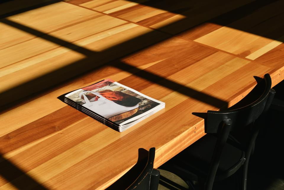table, chairs, magazines, books, office, business
