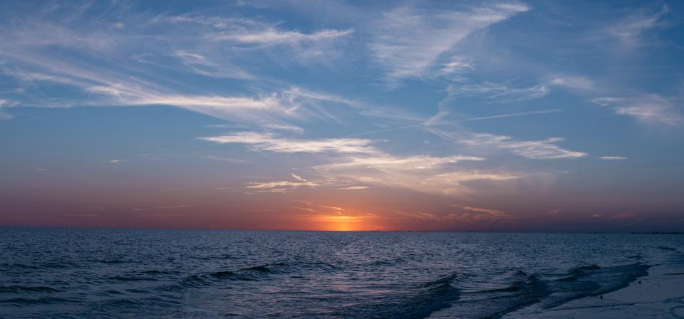 nature, water, ocean, sea, wave, ripple, sky, clouds, horizon, sunset, sunrise, dusk, dawn, sun, rays, light, blue, purple