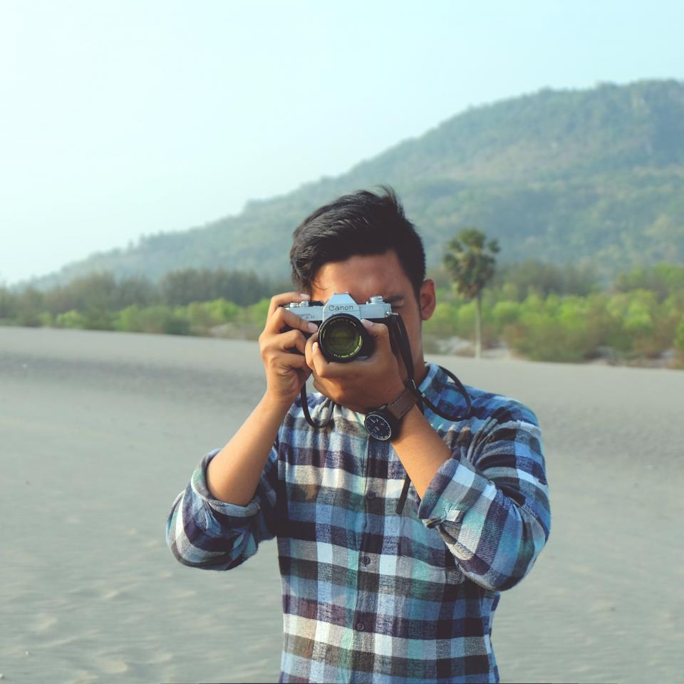 guy, man, photographer, photography, camera, lens, people, lifestyle, creative