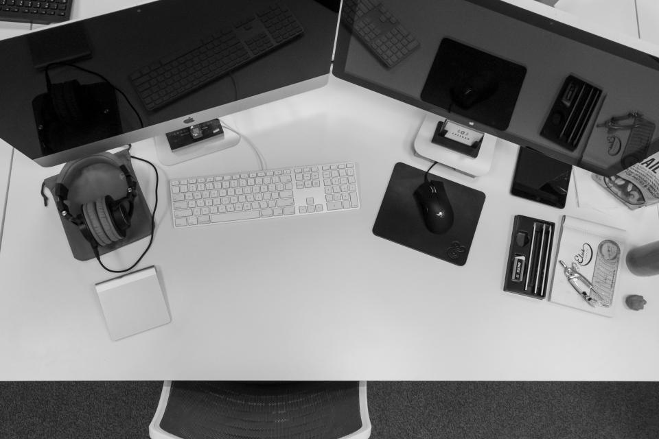 mac, desktop, computer, monitors, keyboard, mouse, headphones, objects, technology, business, office, desk, black and white