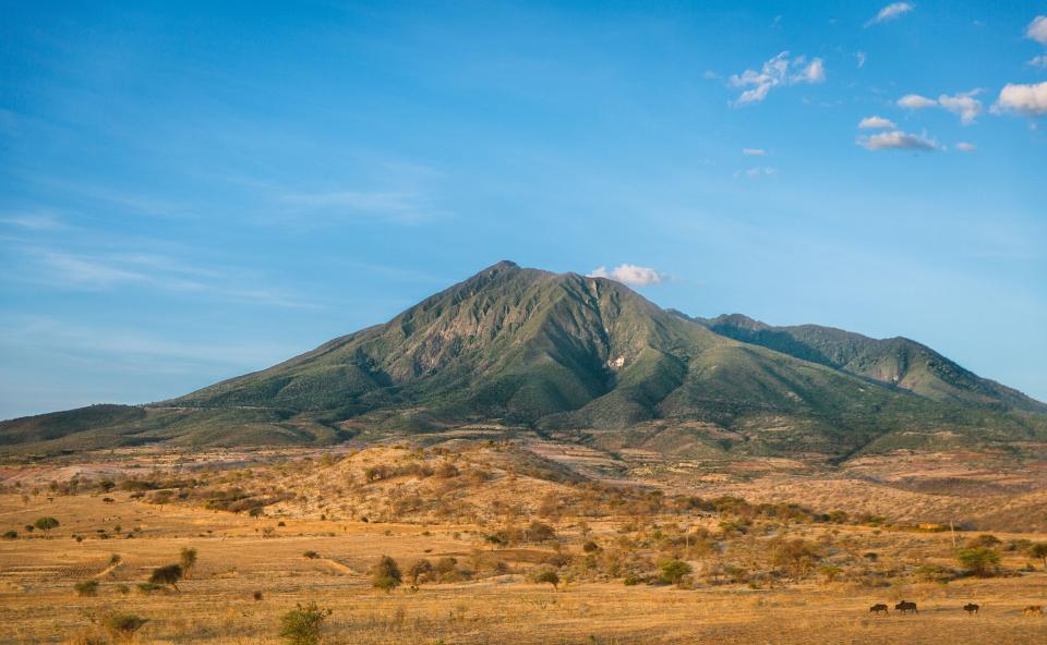 landscape, mountains, desert, fields, hills, blue, sky, sunny, nature