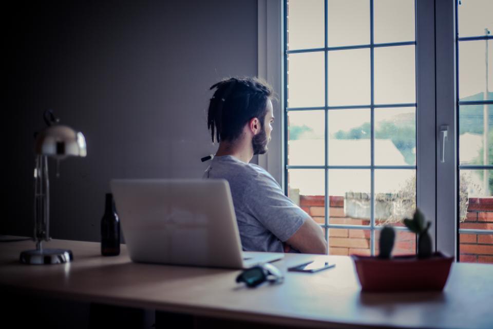 people, man, guy, beard, laptop, window, table, lamp