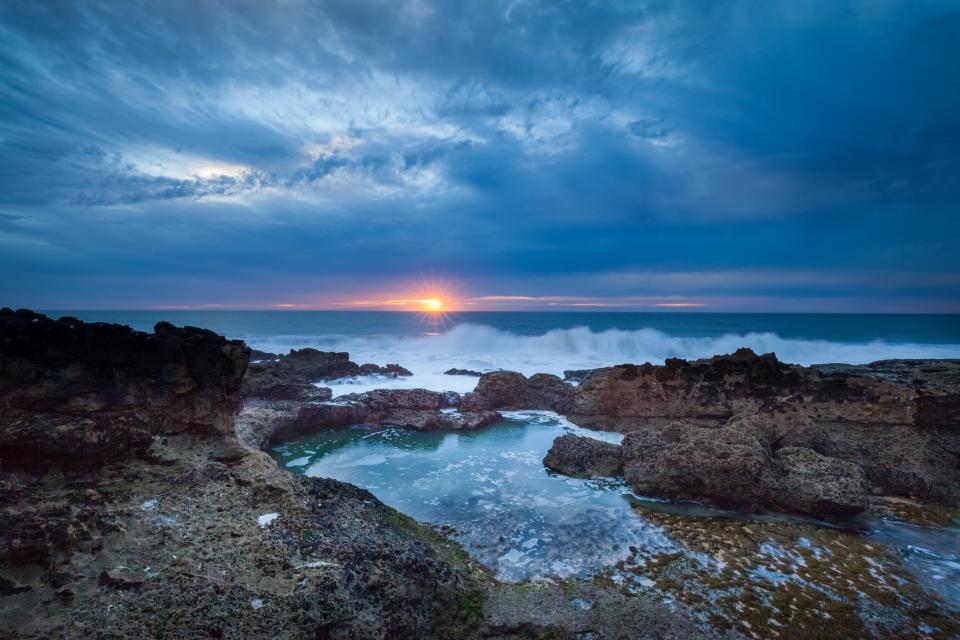 ocean, sea, waves, rocks, shore, coast, dark, sunset, dusk, sky, clouds, landscape, nature