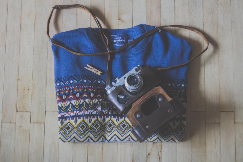 sweater, camera, slr, hardwood, fashion