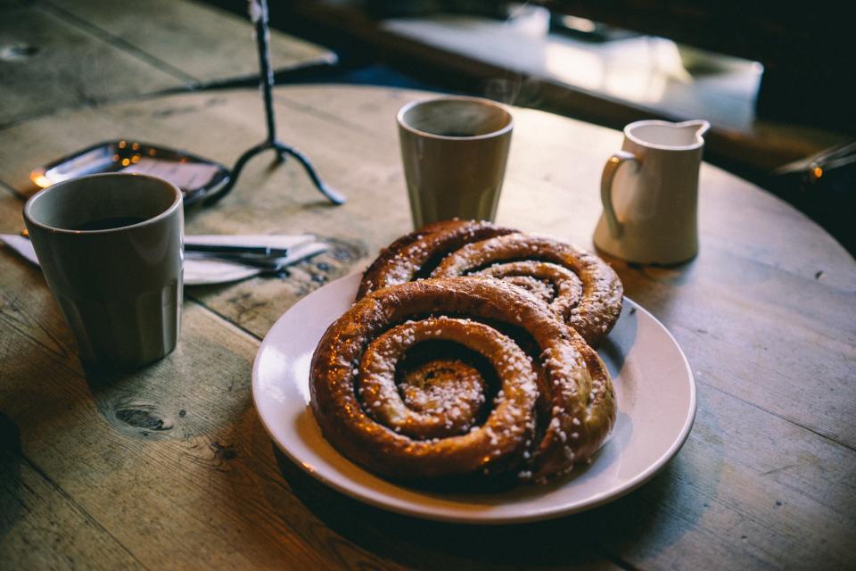 breakfast, pastry, coffee, cup, mug, food, table